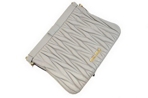 miu miu Matelasse Lambskin Leather Clutches 81154 Gray