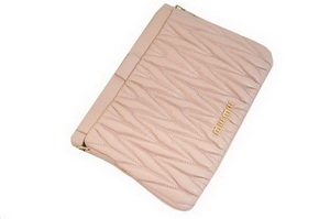 miu miu Matelasse Lambskin Leather Clutches 81154 Light Pink