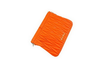 miu miu Matelasse Lambskin Leather Clutches 81154 Orange