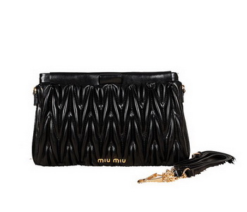 miu miu Matelasse Bright Leather Clutches 88101 Black