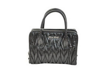 miu miu Matelasse Waxed Shiny Calf Leather Three-pocket Bag RN0951 Black