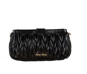 miu miu Matelasse Bright Leather Clutches 88102 Black