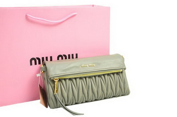 miu miu Pressed Small Matelasse Nappa Lamb leather Clutch RP0345 Grey