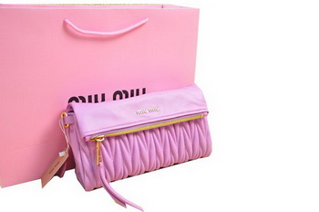 miu miu Pressed Small Matelasse Nappa Lamb leather Clutch RP0345 Pink