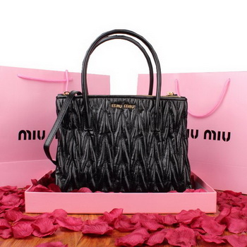 miu miu Matelasse Original Leather Three Pocket Bag RN0941 Black