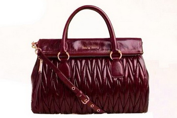 miu miu Matelasse Iridescent Sheepskin Leather Top-Handle Bag RN0947 Burgundy