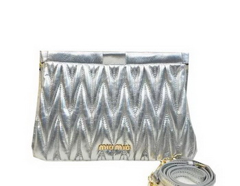 miu miu Matelasse Lambskin Leather Clutches 81154 Silver