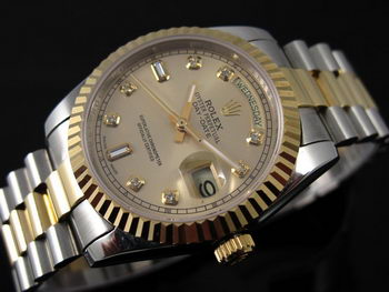 Rolex Day-Date Replica Watch RO8008P