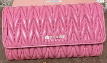 miu miu Matelasse Leather Clutch 299870 Pink