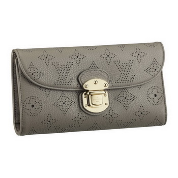 Louis Vuitton M93761 Mahina Leather Amelia Wallet Taupe