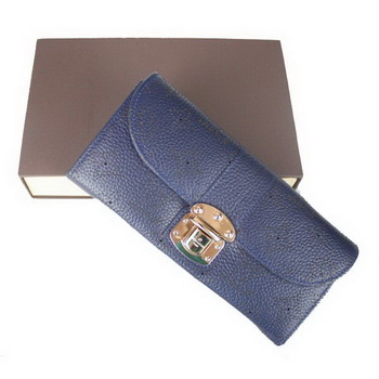 Louis Vuitton Mahina Leather Clutch M58123 Blue